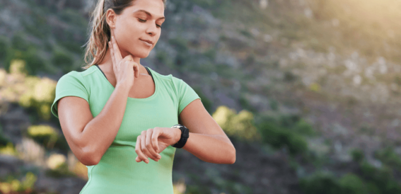 8 Best Fitness Trackers To Consider In 2020