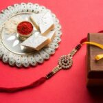 10+ Rakhi Gifts to Flabbergast Brothers on Raksha Bandhan!!