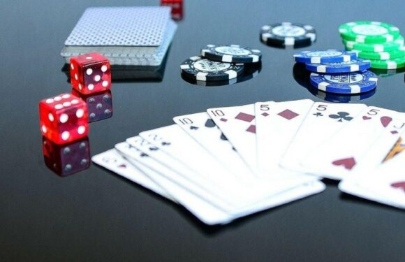 The Surprising Pros of Online Gambling