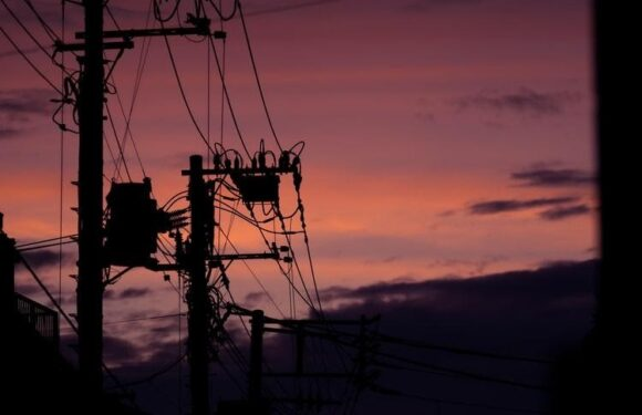 How to Prepare for an Extended Power Outage